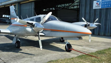 PIPER PA34 220T Seneca III SP-ONE
