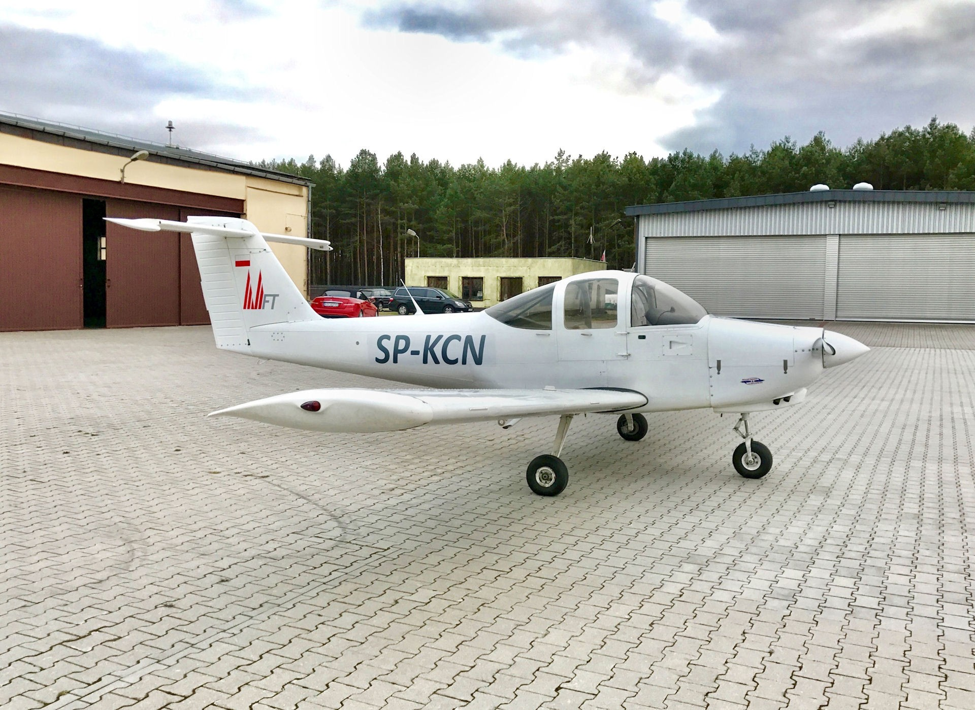 Piper PA38 Tomahawk SP-KCN | Single-engine aircraft