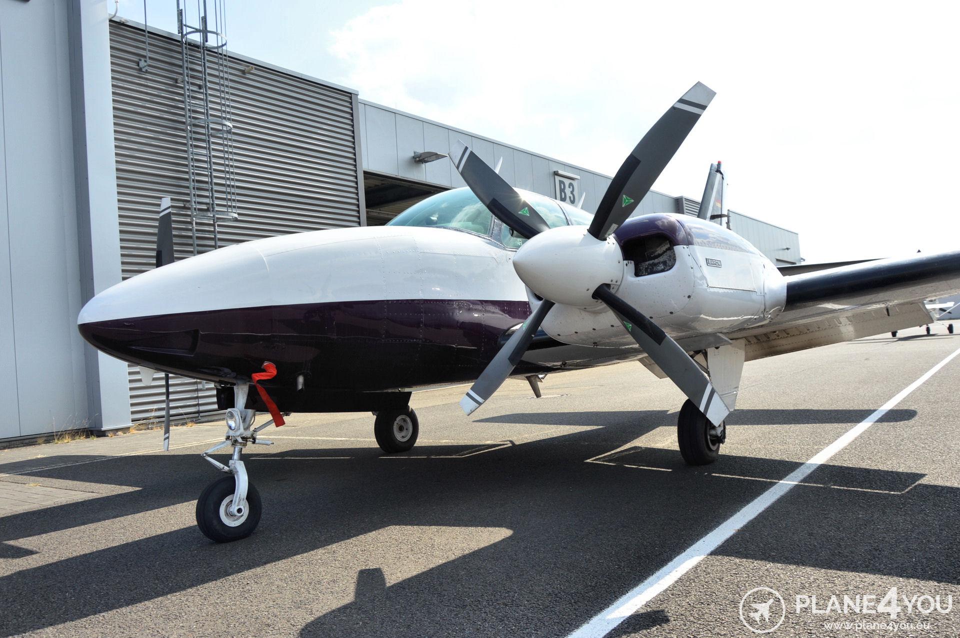 Beechcraft 58 Baron D-ILSE   Multi-engine aircraft