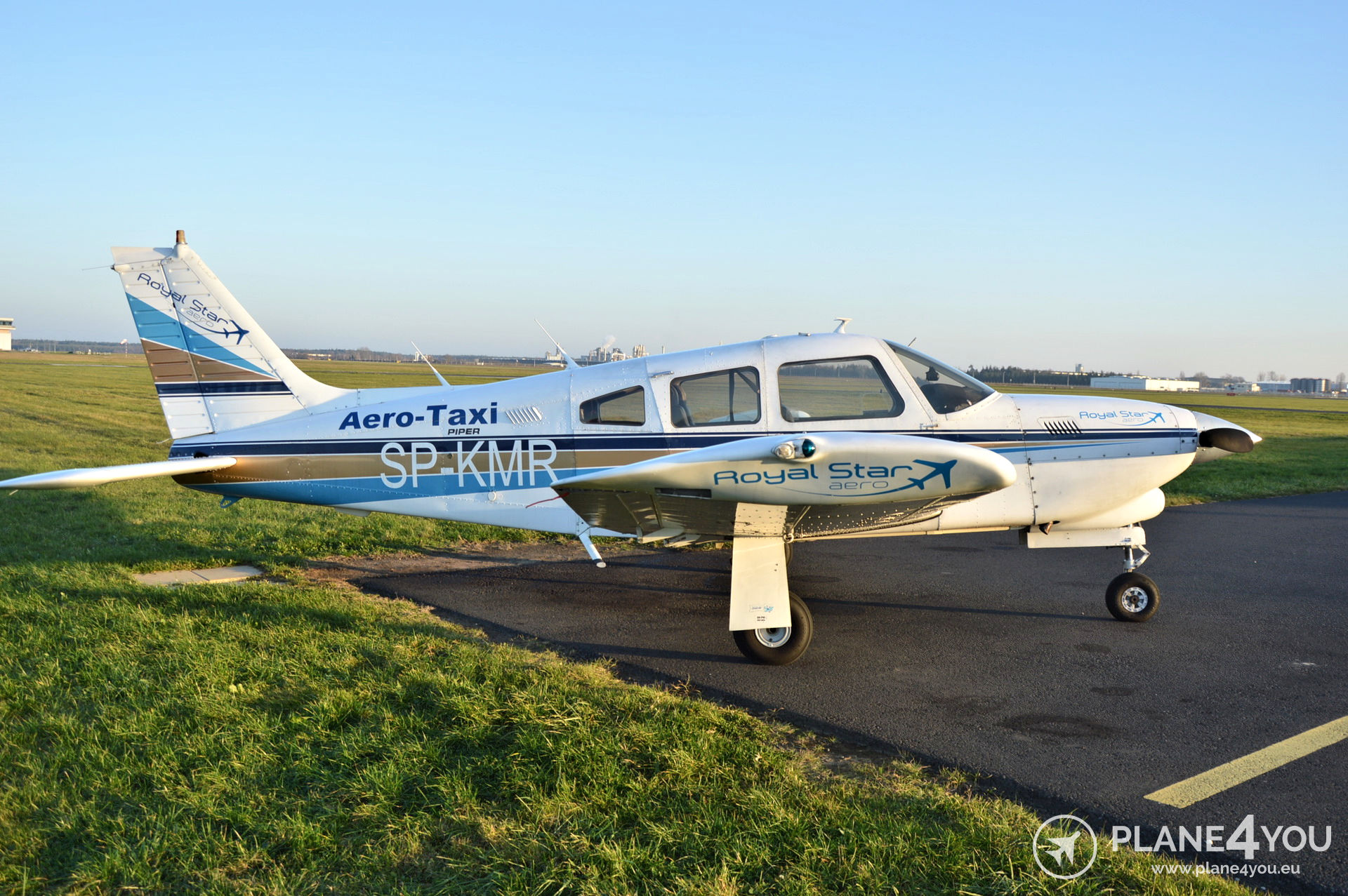 Piper PA28 201T Arrow III SP-KMR | Single-engine aircraft